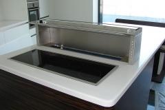 Blat - insula de bucatarie cu hota incorporata din material compozit Kerrock