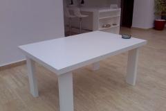 Masa pentru exterior din material compozit