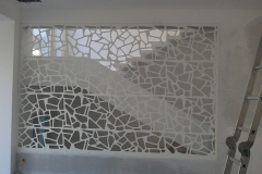 Fereastra interioara showroom din material compozit