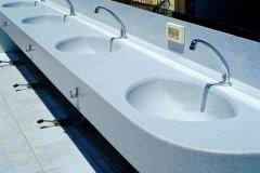 masca suspendata cu lavoare pentru baie executate din material compozit kerrock prin termoformare